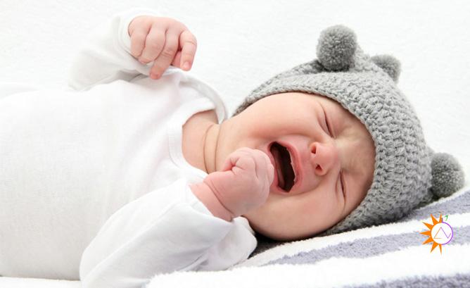 Kinh nghiệm để bé không bị móp đầu