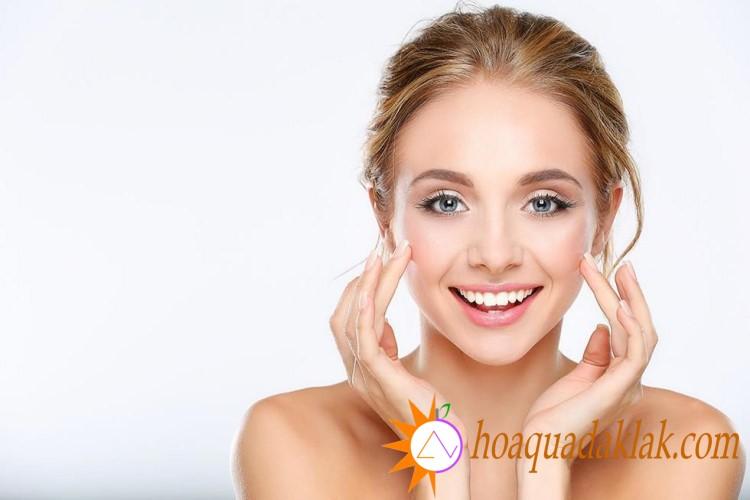 Vitamin có trong sữa hạnh nhân giúp cải thiện sắc tố da, hạn chế rạn da cho bà bầu