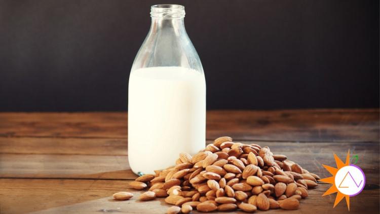 Sữa hạnh nhân bổ sung vitamin B12, riboflavin, đạm, năng lượng và một số khoáng chất thiết yếu khác