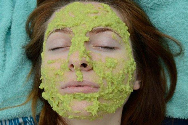 Mặt nạ dưỡng da từ bơ